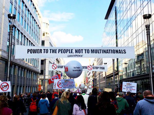 Protest mod CETA & TTIp i Bruxelles. Foto: Ditte Marie Gyldenberg Ovesen.